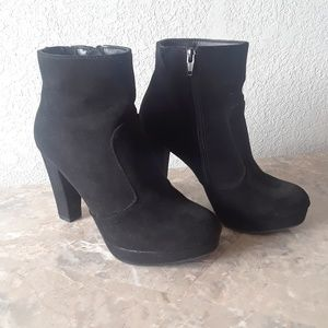 Ansel Booties